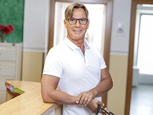 Zum Detaileintrag von Dr. med. Bernhard Buchholzer