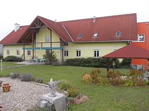 Logo Gebak GmbH Gesundheits- u Pflegezentrum St.Anna am Aigen