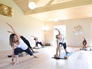 Logo The Power of Yoga, Teresa Summer - Yogastudio im Hohenems