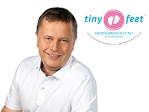 Logo Tiny Feet Kinderwunschklinik – Dr. Rathmanner (im Universitätsklinikum St. Pölten, Haus A)