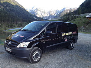 Logo Taxi- und Busbetrieb Huber e.U.