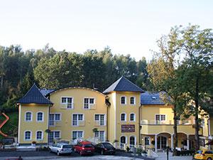Logo Gasthof & Hotel Zum Grünen Wald Fam. Wolfsegger
