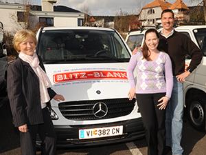 Logo BLITZ-BLANK Gebäudereinigungsunternehmen GmbH