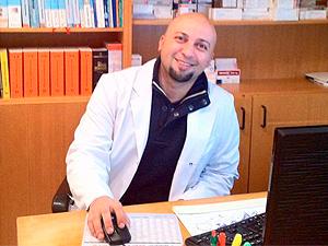 Logo Dr. Roozbeh Ahmadi