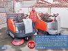 Thumbnail Mitarbeiter der Sauber Rein Zu Frieden GmbH in Wien reinigen ab sofort mit zwei neune Kehrmaschinen