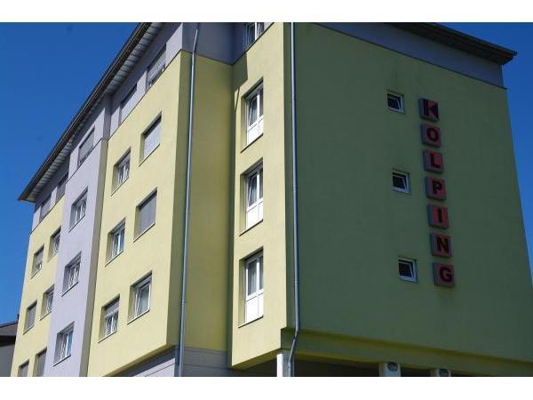 Schloss Porcia - healthtips2u.com