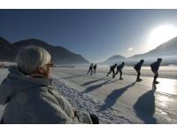 Eislaufen auf gepflegten Rundbahnen
