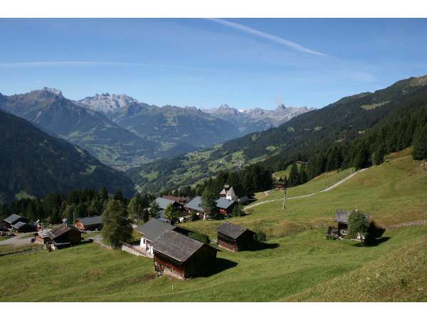 Panoramablick am Kristberg in Silbertal, dem Genießerberg im Montafon