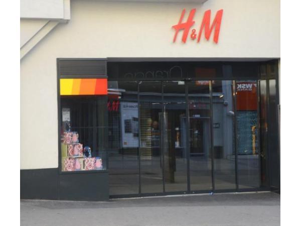 Vorschau - Foto 1 von H & M Hennes & Mauritz GesmbH
