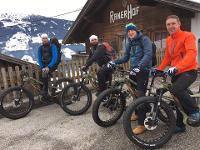 Aschauer Talabfahrt mit den Jungs von bikeguide.tirol