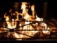 Lagerfeuer am Grillplatz