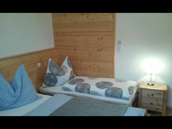 Vorschau - Zusatzbett im Schlafzimmer 2