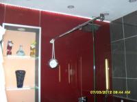 Glasrückwand Dusche und Glasabtrennung