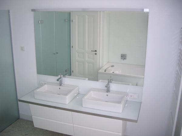Vorschau - Spiegel im Bad