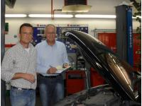 Werkstattmeister Hr. Teuschl und Kundendienstleiter/Schadensbeauftragter Hr. Schuster