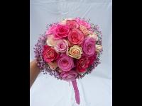 Brautstrauß in Pink-Nuancen