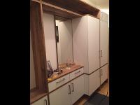 Vorzimmer aus Küchenmöbeln