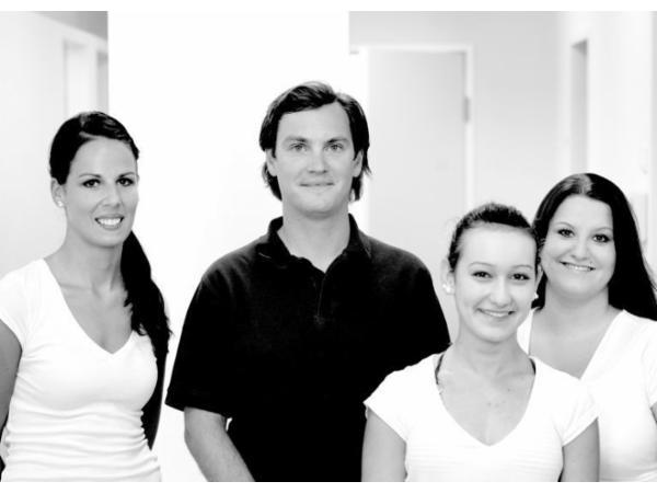 Das Team von Zahnarzt Dr. Christian Müller