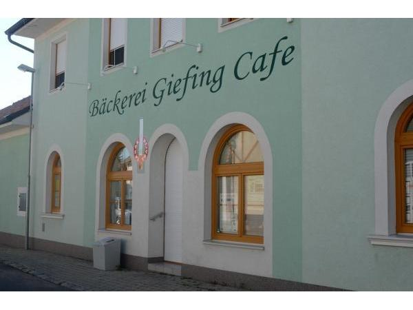 Vorschau - Foto 1 von Giefing Markus Bäckerei-Cafe