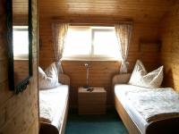 Dachgaupenzimmer mit extra großen Betten