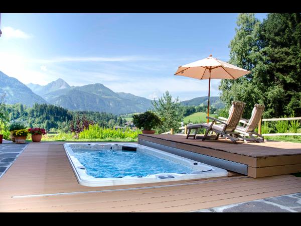 Armstark Swim Spa mit Pool Lounge®