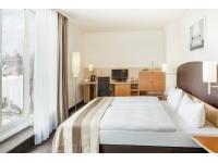 InterCityHotel Wien Business Plus Zimmer mit Terrasse