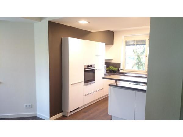 maler braunegg malerei anstrich fassade in wagna. Black Bedroom Furniture Sets. Home Design Ideas