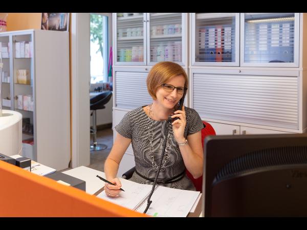 Sekretariat - Frau Horvath
