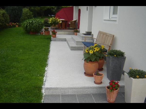 Granit - rasche, einfache Verlegung - pflegeleicht