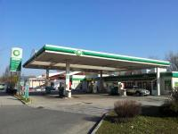 Lagerhaus Tankstelle