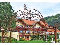 Hotel hinter dem Rosenbogen