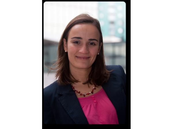 Geschäftsführerin Mag. Céline Juyou
