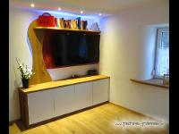 Eiche Wildeiche Wohnwand mit LED Beleuchtung