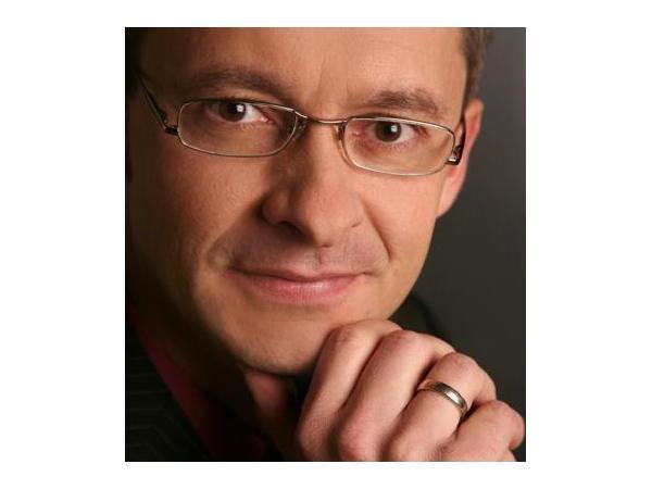Dr. Thomas Scholler