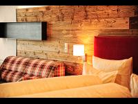 Skihotel Serfaus-Fiss-Ladis mit Frühstück: Suite für 2-4 Personen · Hotel Garni Dr. Köhle