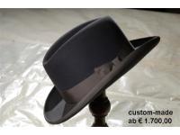 gefertigt von Shmual Shapira ist dieser Hut ab €1500,00 erhältlich