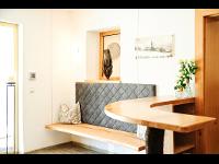 Hoteleingang: Hotel Garni Dr. Köhle   HOTEL SERFAUS