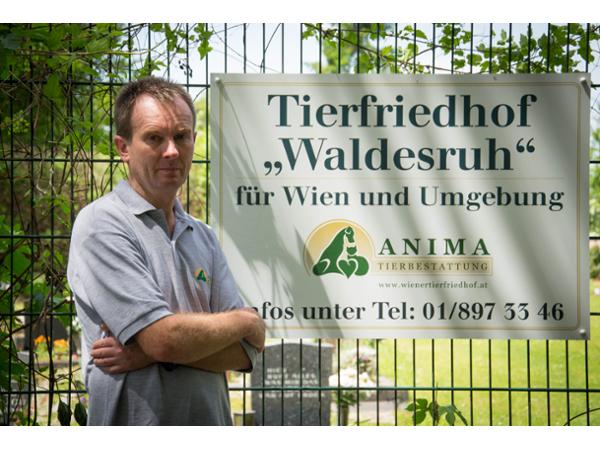 Tierfriedhofsleiter Manfred Maier