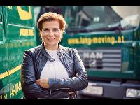 Geschäftsführerin Karin Lang