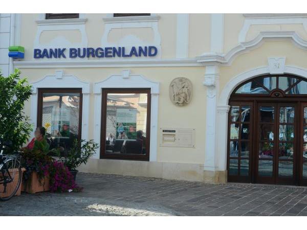 Vorschau - Foto 1 von HYPO-Bank Burgenland AG