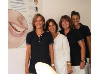 Fr. Dr. Waldhof & Team