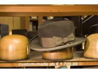 gefertigt von Shmual Shapira ist dieser Hut ab €1700,00 erhältlich