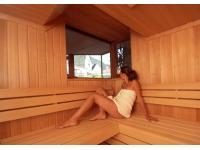 Wellnessbereich mit Sauna und Dampfbad