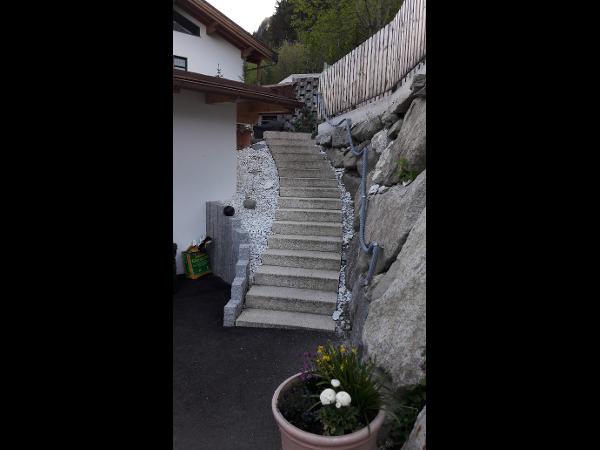 Treppe aus Blockstufen