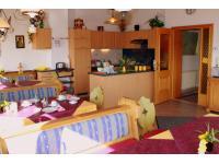 Haus Löger Frühstücksraum mit Gemeinschaftsküche