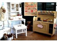 Kinderküchen und Möbel im Shabby-Style