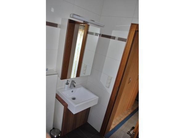 WC Waschbeckenverbau
