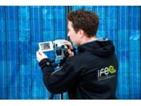 Die Thermografie von Gebäuden und Photovoltaik-Anlagen macht Schwachstellen sichtbar.