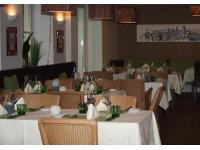 Gemütliches Restaurant mit tollem Donaublick