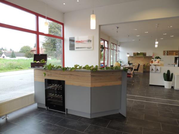 Modern Life Küchen und Wohnräume mit Stil OG\